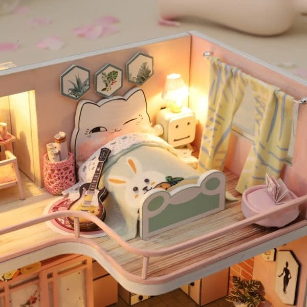 From Lily With Love DIY Miniature Dollhouse Kit2e9103549f6f4032af747a552a5f841b0 600x600 1