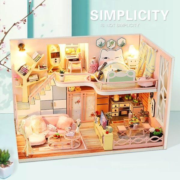 From Lily With Love DIY Miniature Dollhouse Kit4330e8238b23415d89a0e639f13206baO 600x600 1