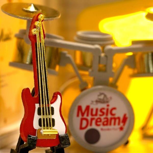 Dream Catcher Studio DIY Miniature House3b1ca85829864966bb524deee7c821170 600x600 1