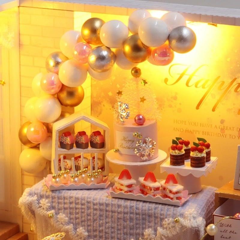 Camp Party DIY Miniature Room Kit QT10Ab0eed6274c6441a681fee2030ed26cb1V