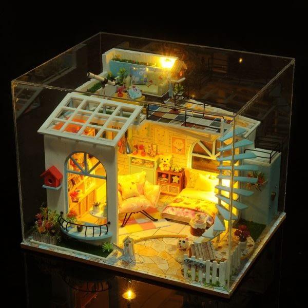64bbf50e4020f9eb042c2c507c78d264 600x600Moonlight Rooftop DIY Dollhouse