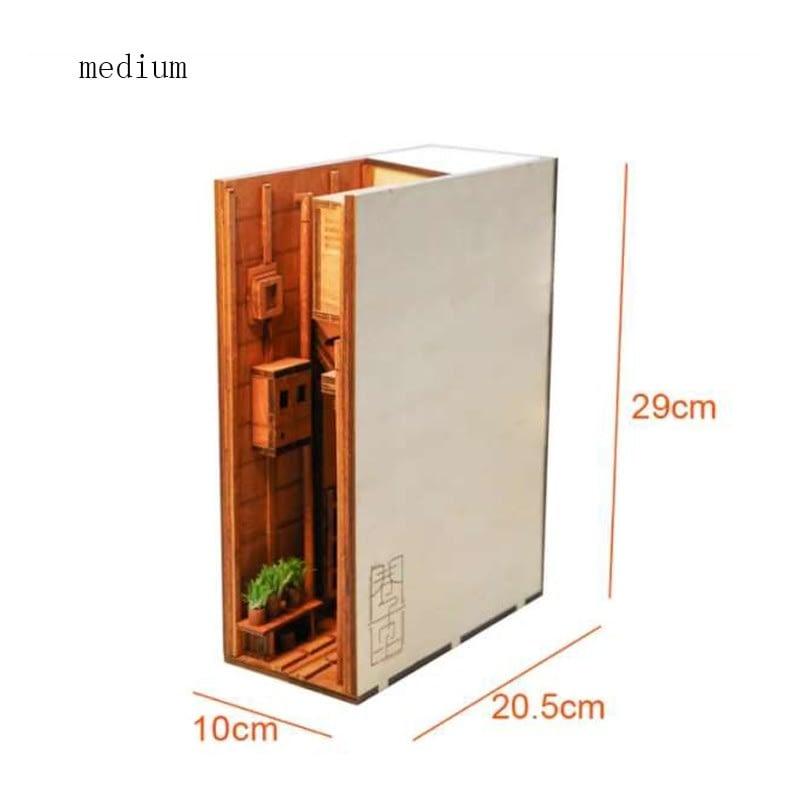 H6a7e6b8eda9a45e980cf576ccf1deb4aHStreet Rear Lane Miniature Booknook